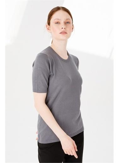 Desen Triko Kadın Lıkralı Kısa Kollu Sıfır Yaka Düz Bluz Kemık Gri